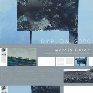 Dyplom 2020 Marcin Derda. Utrzymany w odcieniach niebieskiego z elementami szarości. Przedstawia cztery miniatury zdjęć i jedno większe.