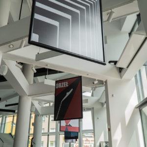 Plakaty marynistyczne we foyer CKiS-DK Oskard
