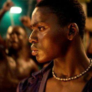 Kadr z filmu Noc królów
